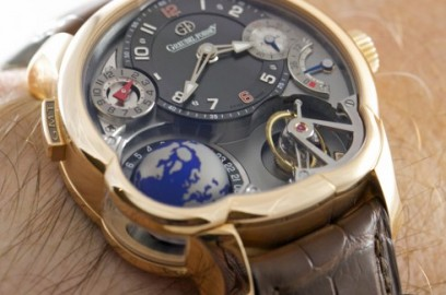 greubel-forsey-gmt-on-the-wrist_8684_album.jpg