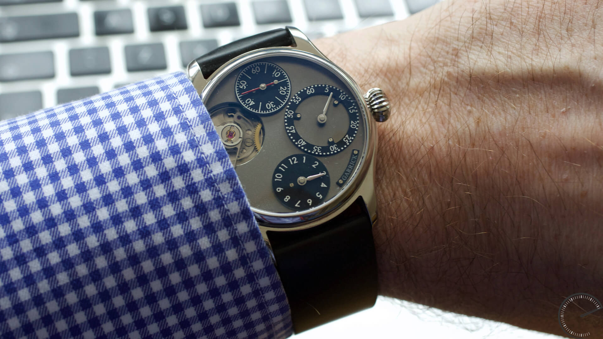 Garrick Regulator – limited edition of 15 pieces