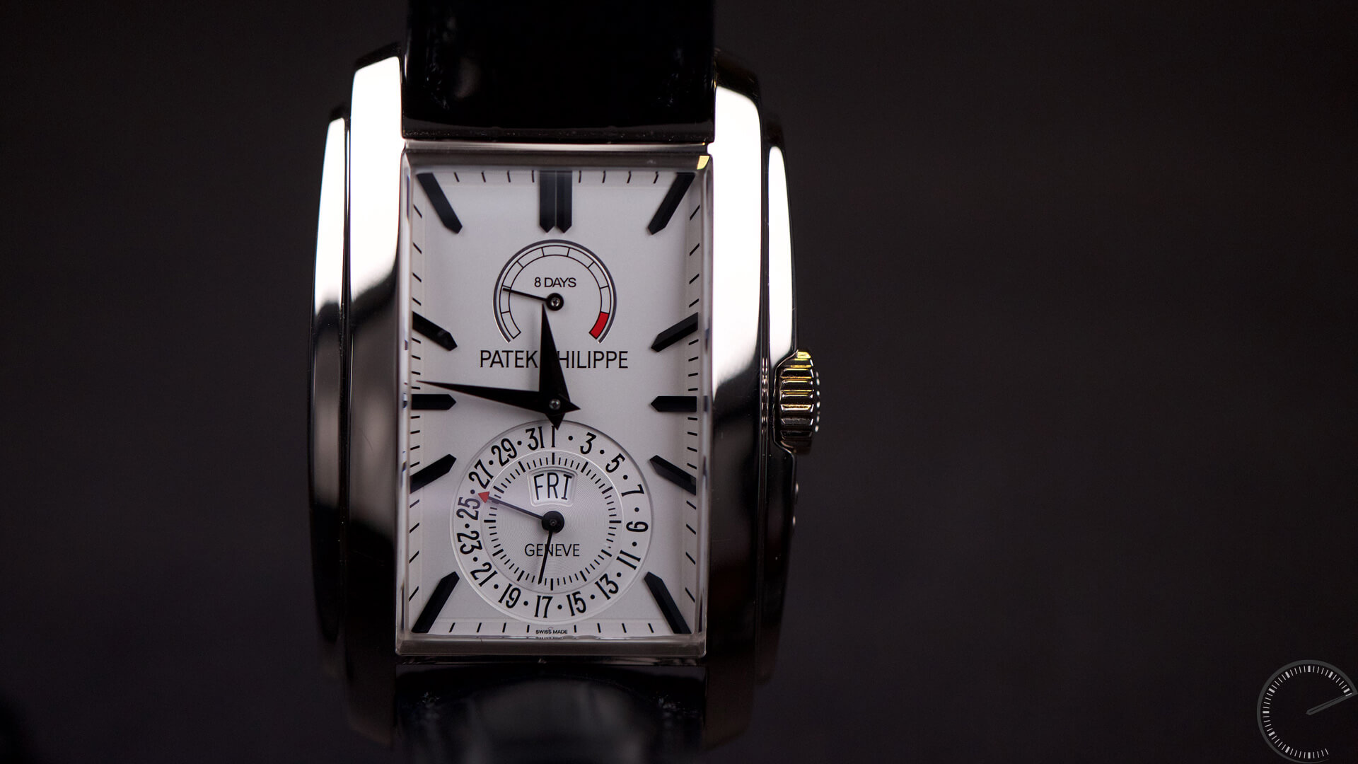 Image for watch review of Patek Philippe Gondolo Ref 5200G in white gold - annual calendar and power reserve
