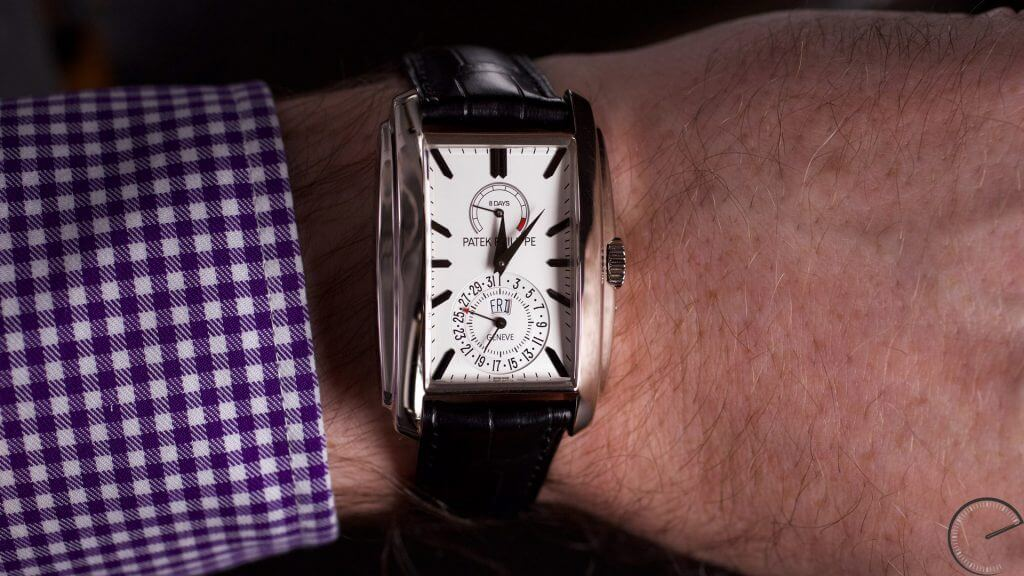 Patek Philippe 5200G Gondolo 8 days – Day & Date indication with 8 days power reserve