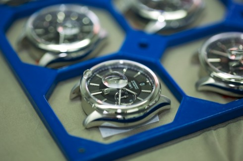Tag heuer aquaracer 500m calibre 72 countdown automatic chronograph 43mm for Thermal watches