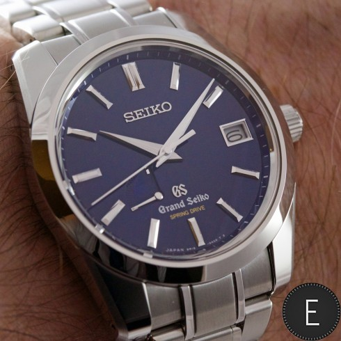 Grand Seiko SBGA105 - in-depth watch review by ESCAPEMENT