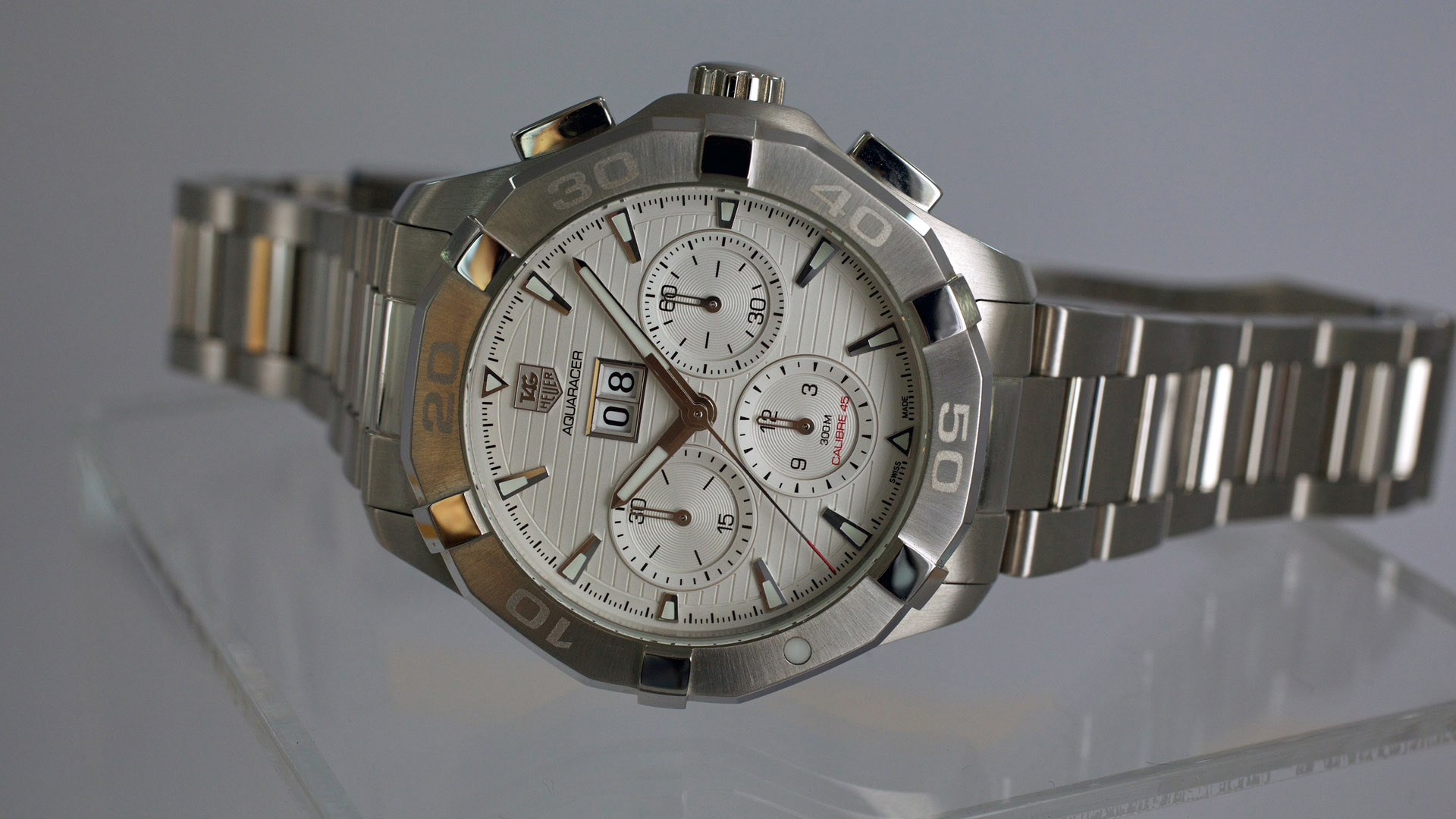 1ab580265fa TAG Heuer Aquaracer 300M Calibre 45 Automatic Chronograph - watch review by  ESCAPEMENT