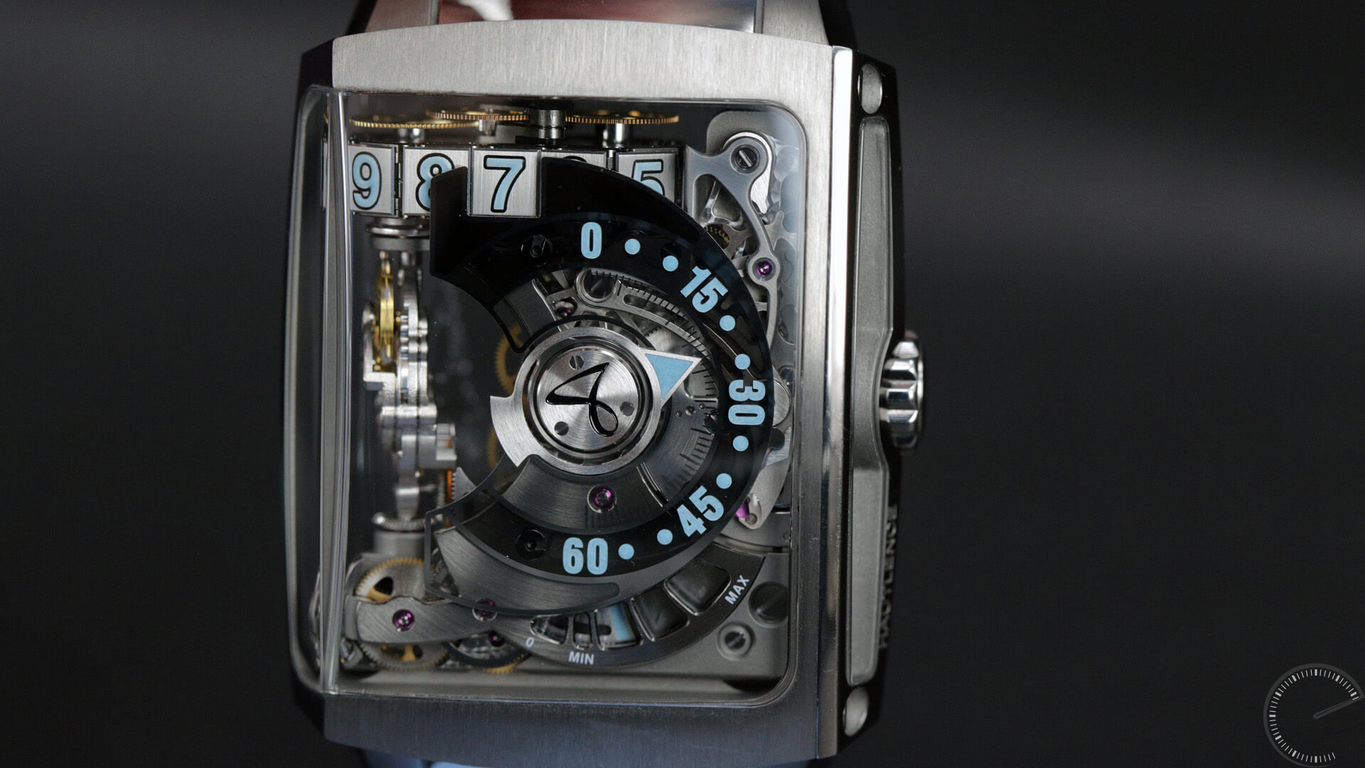 Hautlence HL 2.4 - watch reviews by Angus Davies, ESCAPEMENTMAGAZINE.COM