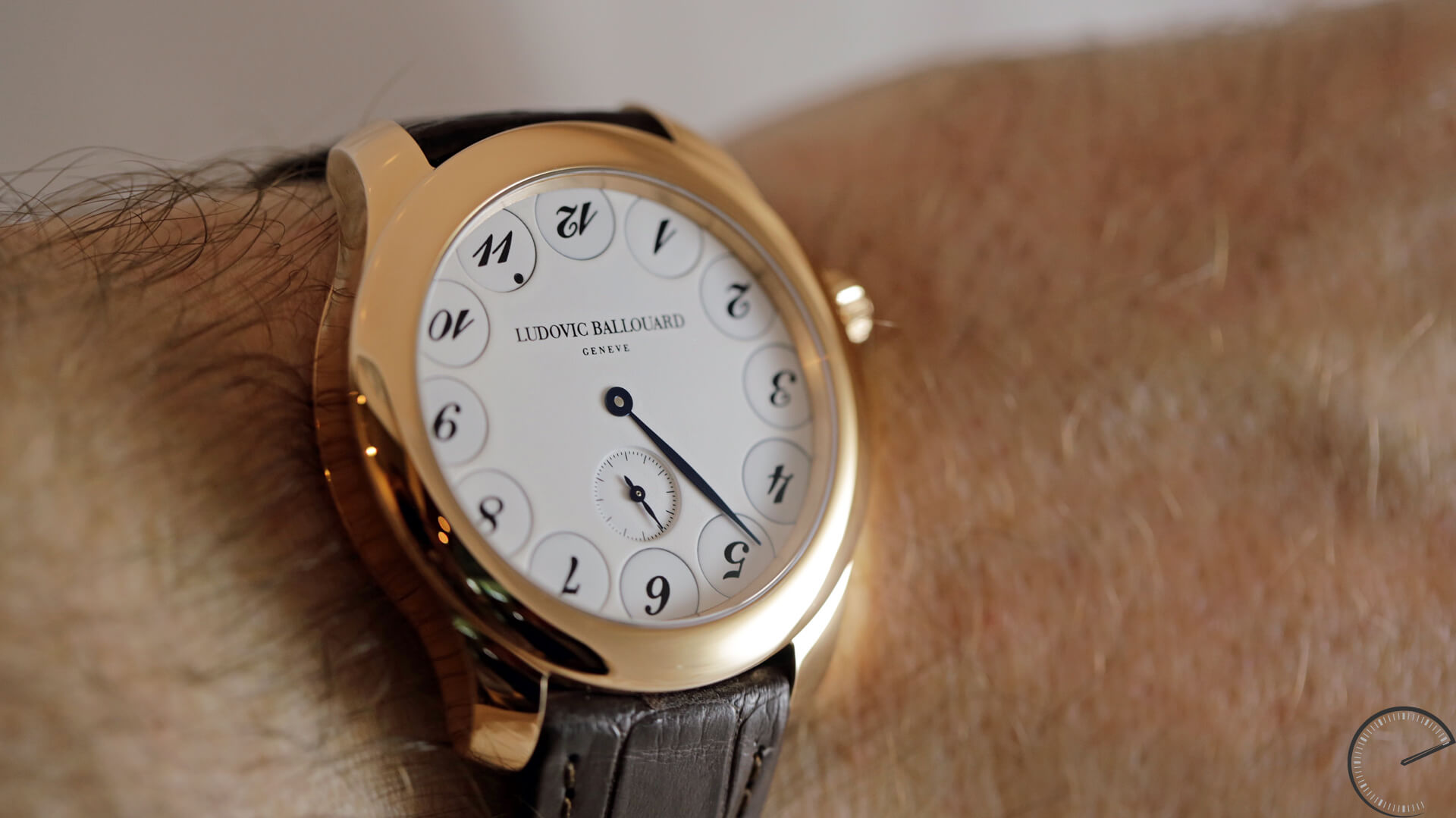 Ludovic Ballouard Upside Down Blanche in 18-carat red gold - watch review by Angus Davies, ESCAPEMENT blog