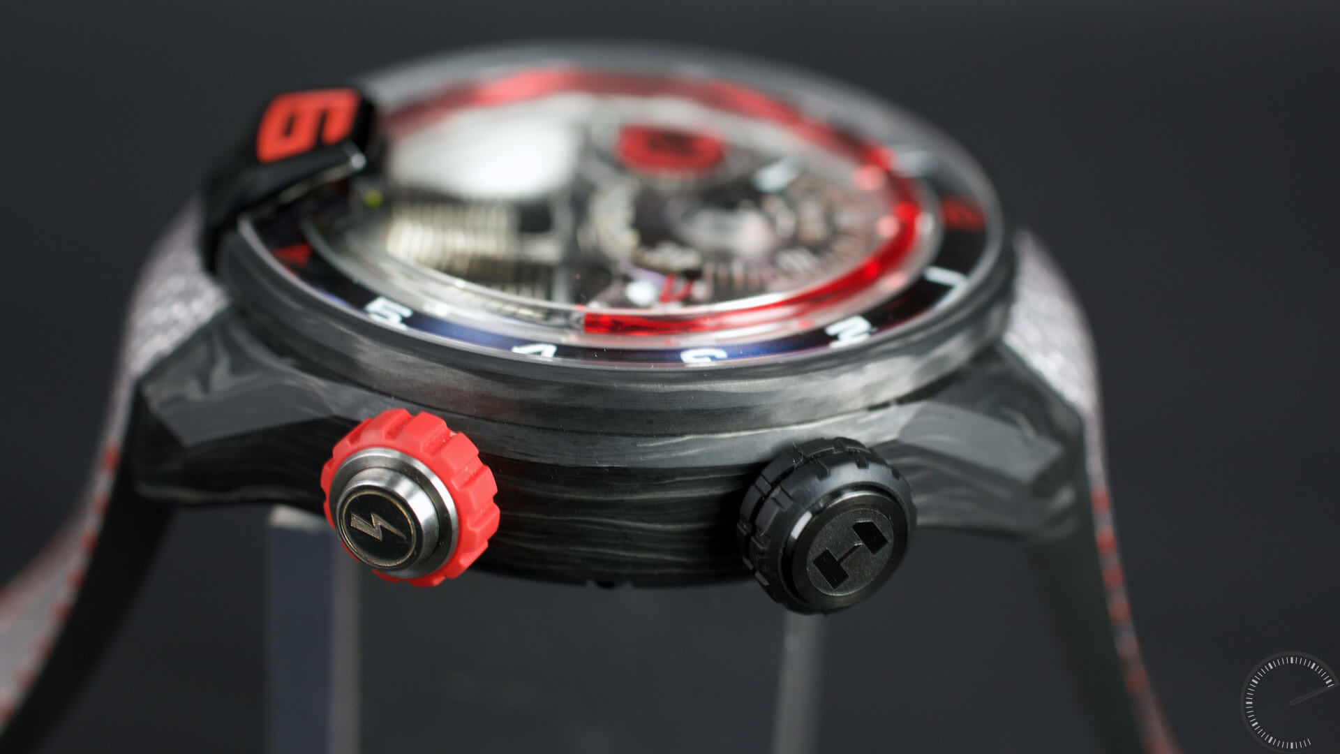 HYT_A4_Alinghi_side - ESCAPEMENT MAGAZINE by Angus Davies