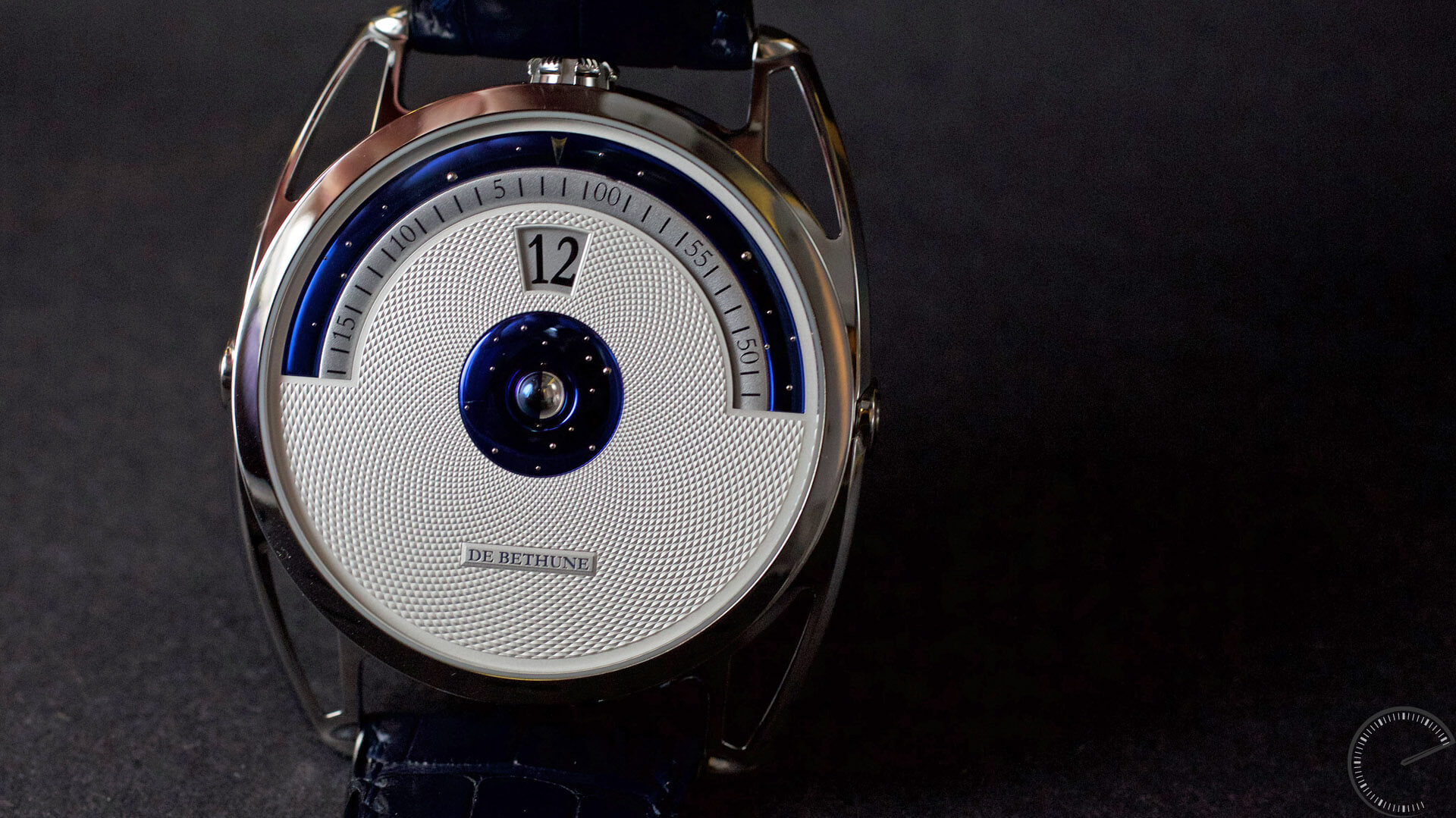 De_Bethune_DB28_Digitale_dial - ESCAPEMENT watch reviews by Angus Davies