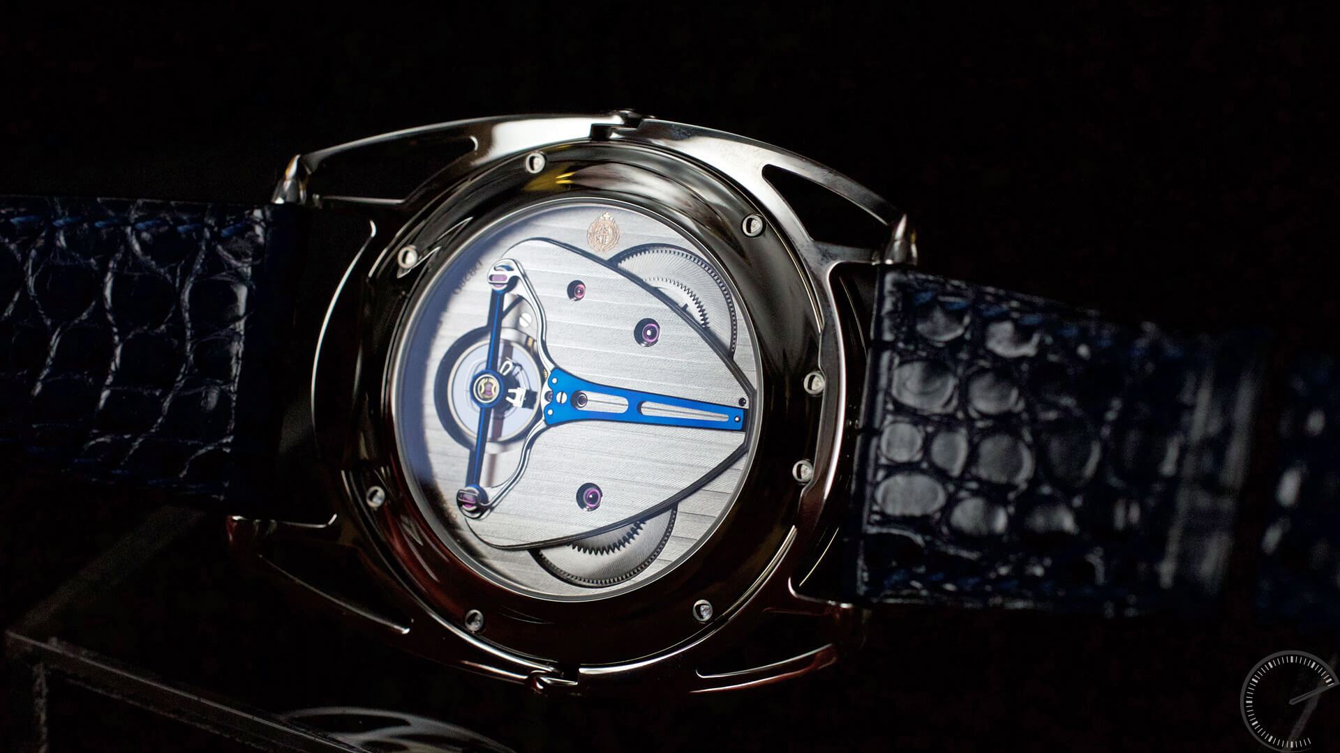 De_Bethune_DB28_Digitale_movement - ESCAPEMENT magazine by Angus Davies