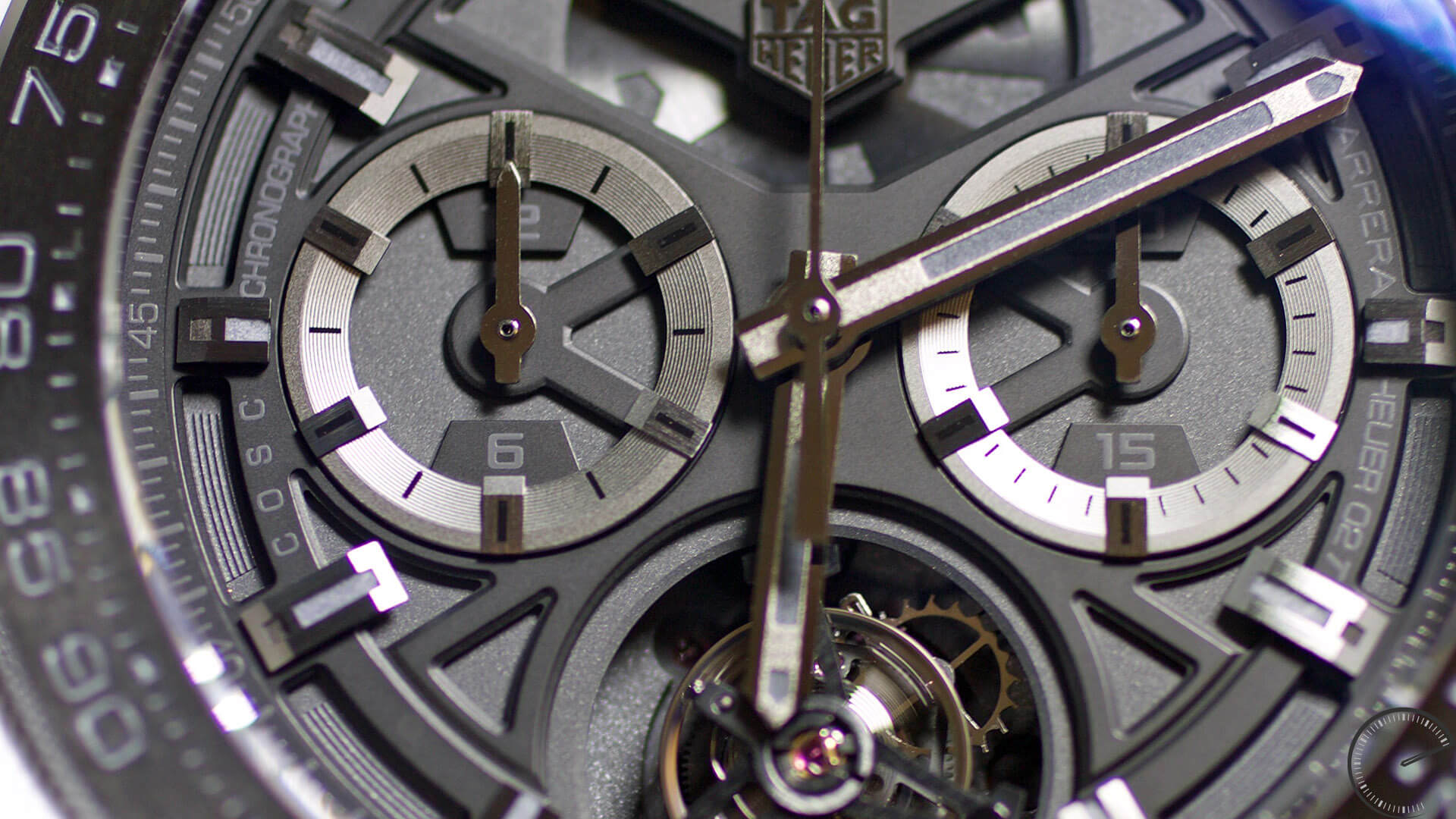 TAG_Heuer_CARRERA_Heuer-02T_subdials - ESCAPEMENT watch reviews by Angus Davies