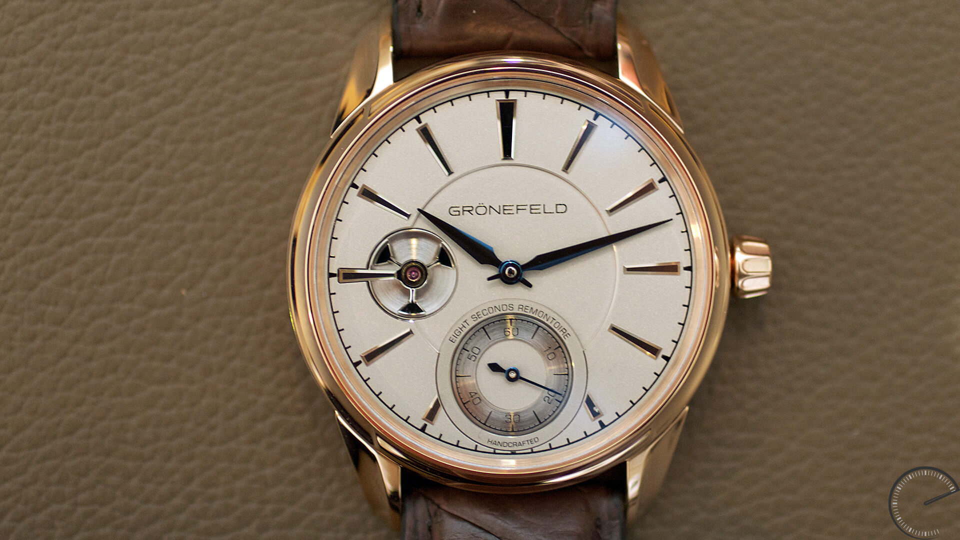 Gronefeld_1941_Remontoire_Red_Gold_dial - ESCAPEMENT magazine - reviews of fine watches
