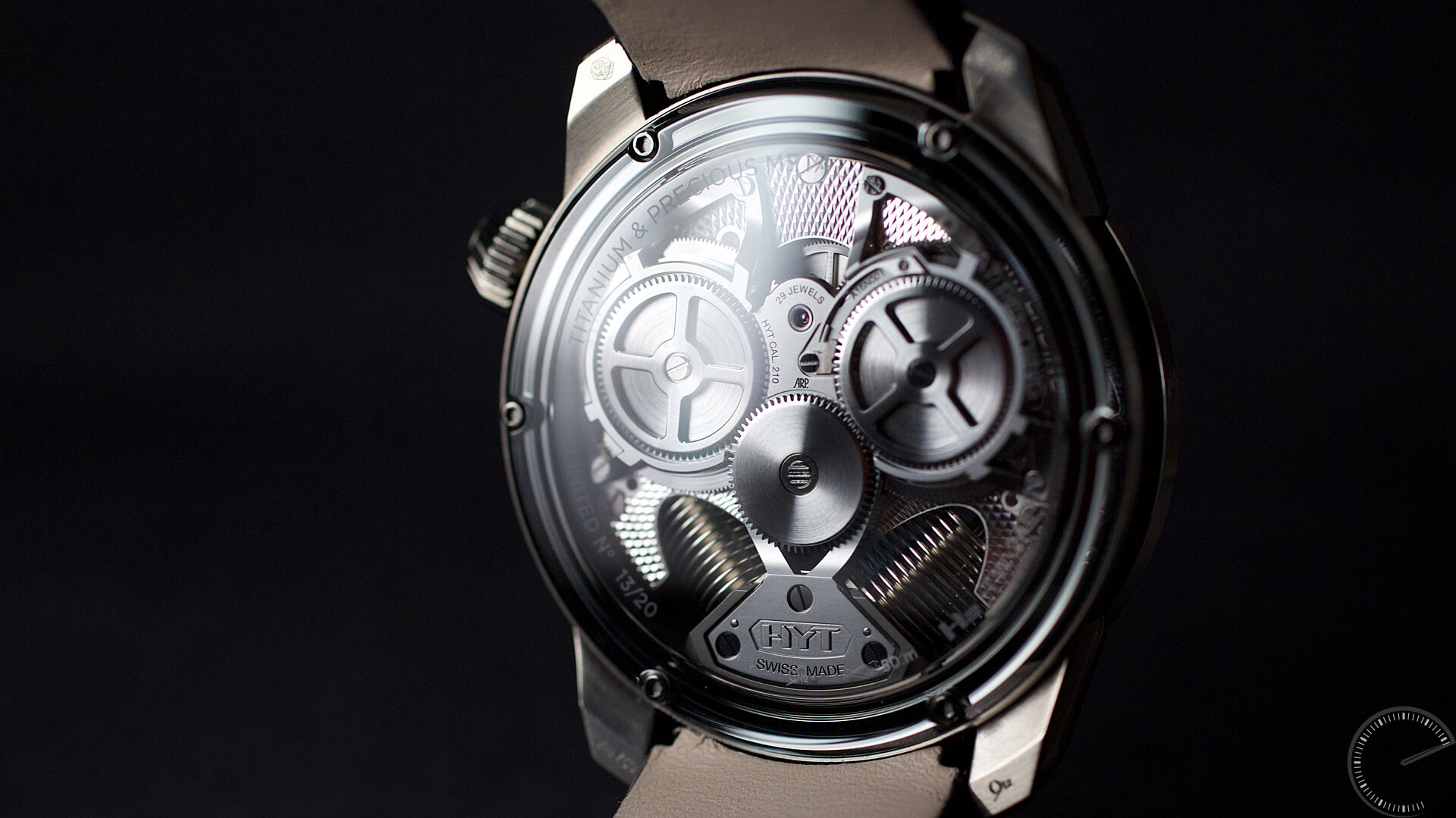 HYT_H2_Tradition_caseback3 - ESCAPEMENT Magazine - watch reviews by Angus Davies