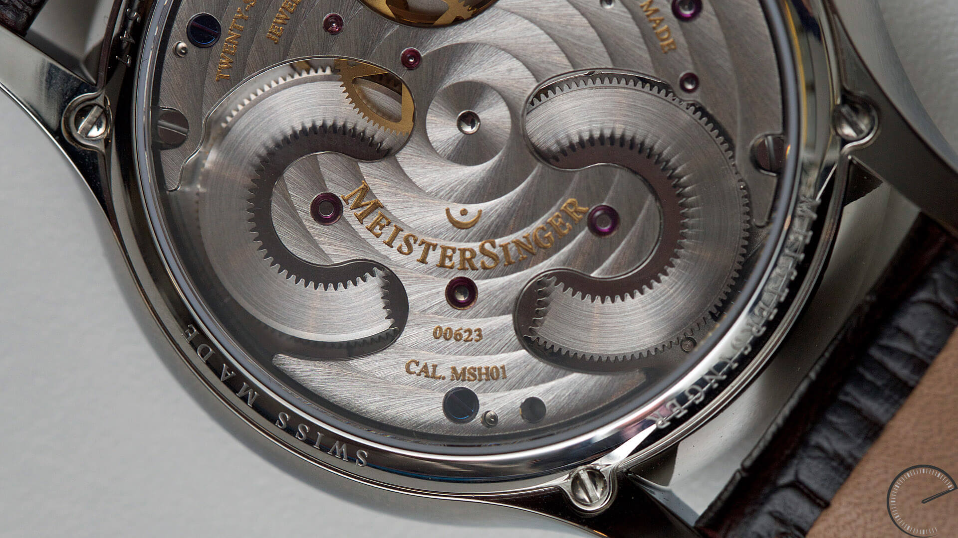 MeisterSinger_Circularis_Ivory_dial_Ref._CC303_Twin_Barrels - ESCAPEMENT Magazine - watch reviews by Angus Davies