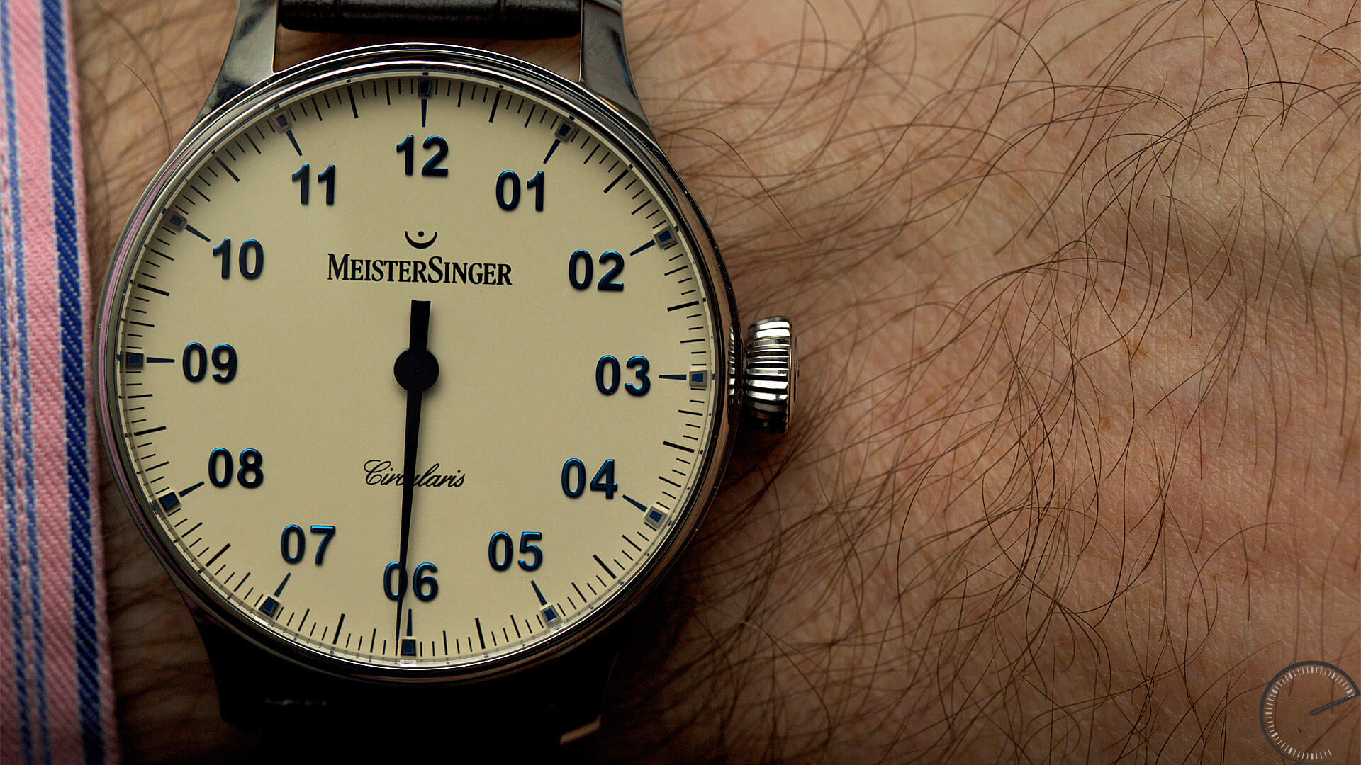 MeisterSinger_Circularis_Ivory_dial_Ref._CC303_dial - ESCAPEMENT Magazine - watch reviews by Angus Davies