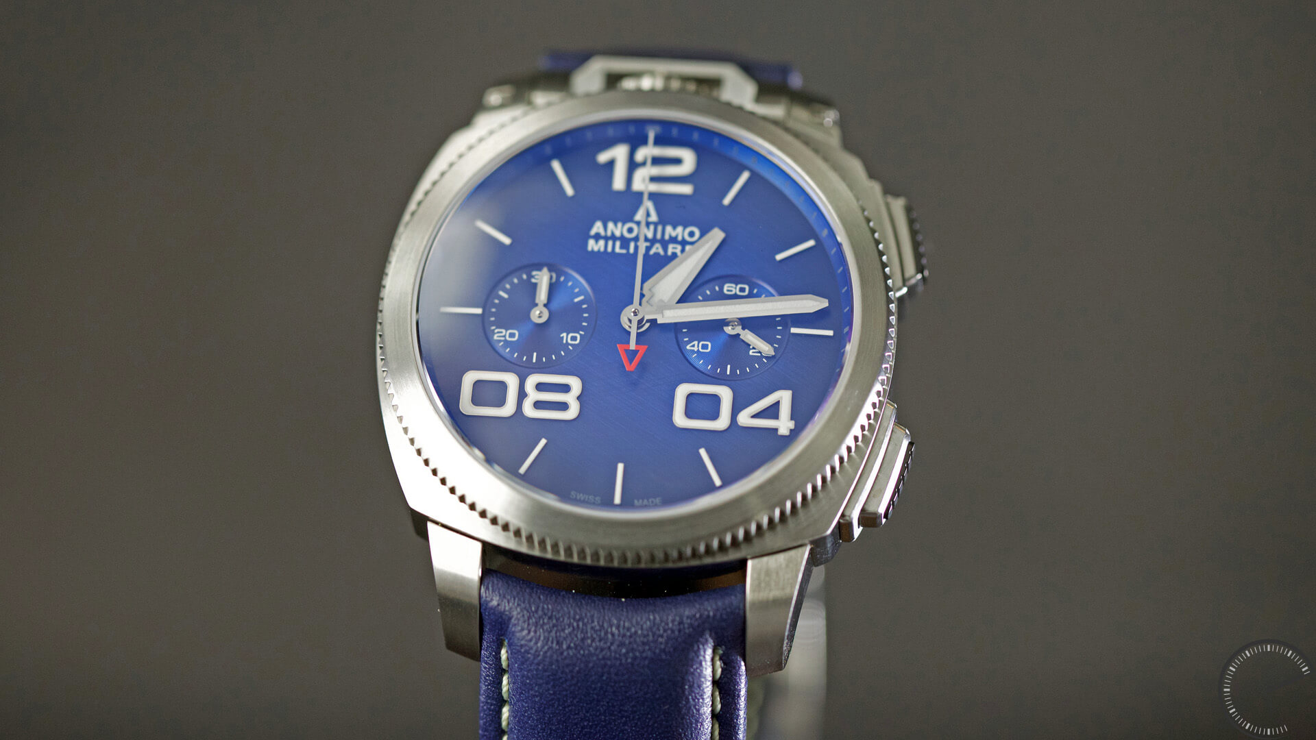 Anonimo_Militaire_Classic_Chrono_blue_dial_case1 - ESCAPEMENT magazine - watch reviews by Angus Davies