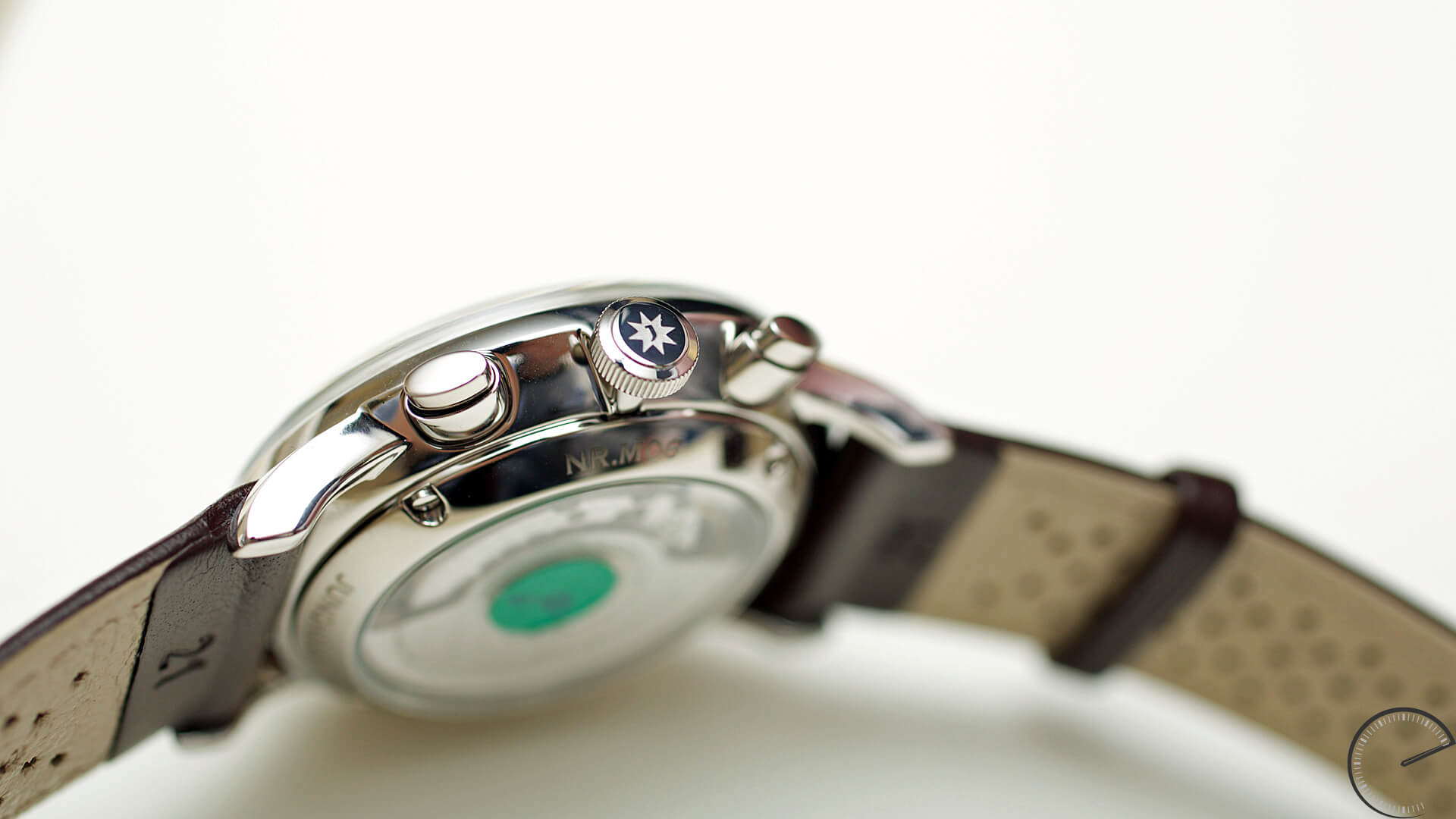 Junghans_Meister_Driver_Chronoscope_caseband - ESCAPEMENT magazine - watch blog by Angus Davies