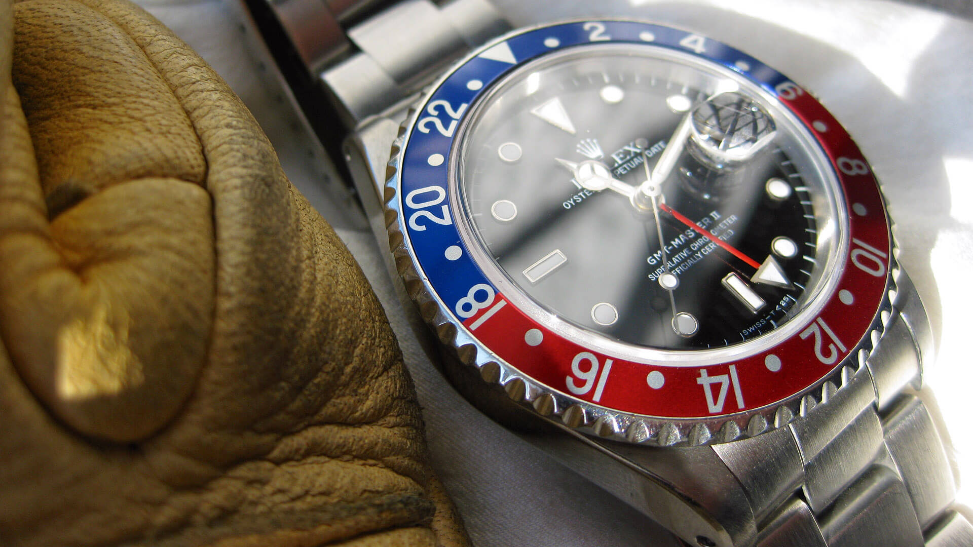 Image of Rolex GMT II - circa 1989 with 'Pepsi' bezel