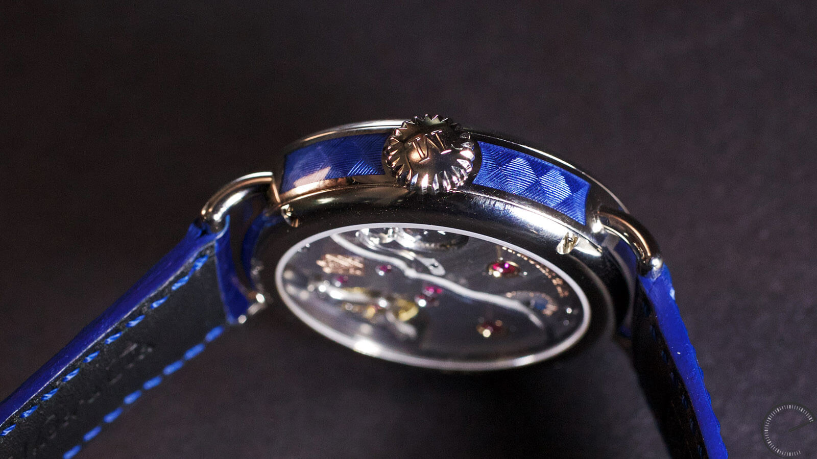 Image of H. Moser & Cie Heritage Perpetual Moon
