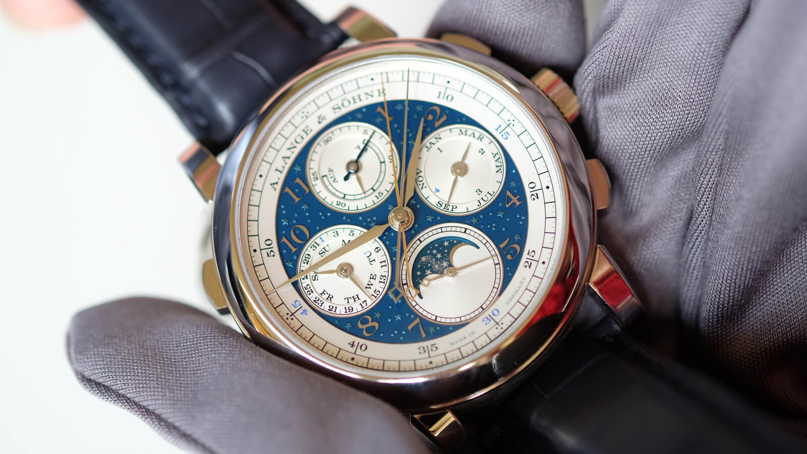 A. Lange & Sohne 1815 Rattrapante Perpetual Calendar Handwerkskunst - a timepiece with a chronograph, rattrapante and perpetual calendar