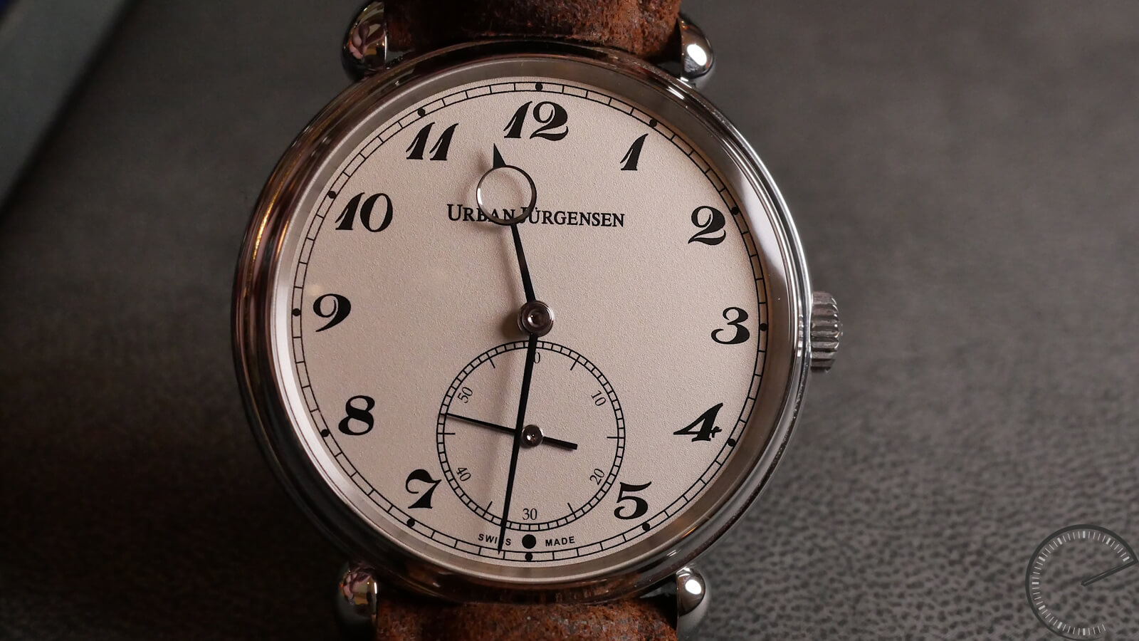 Urban Jurgensen The Alfred - Grenage Dial and P4 movement