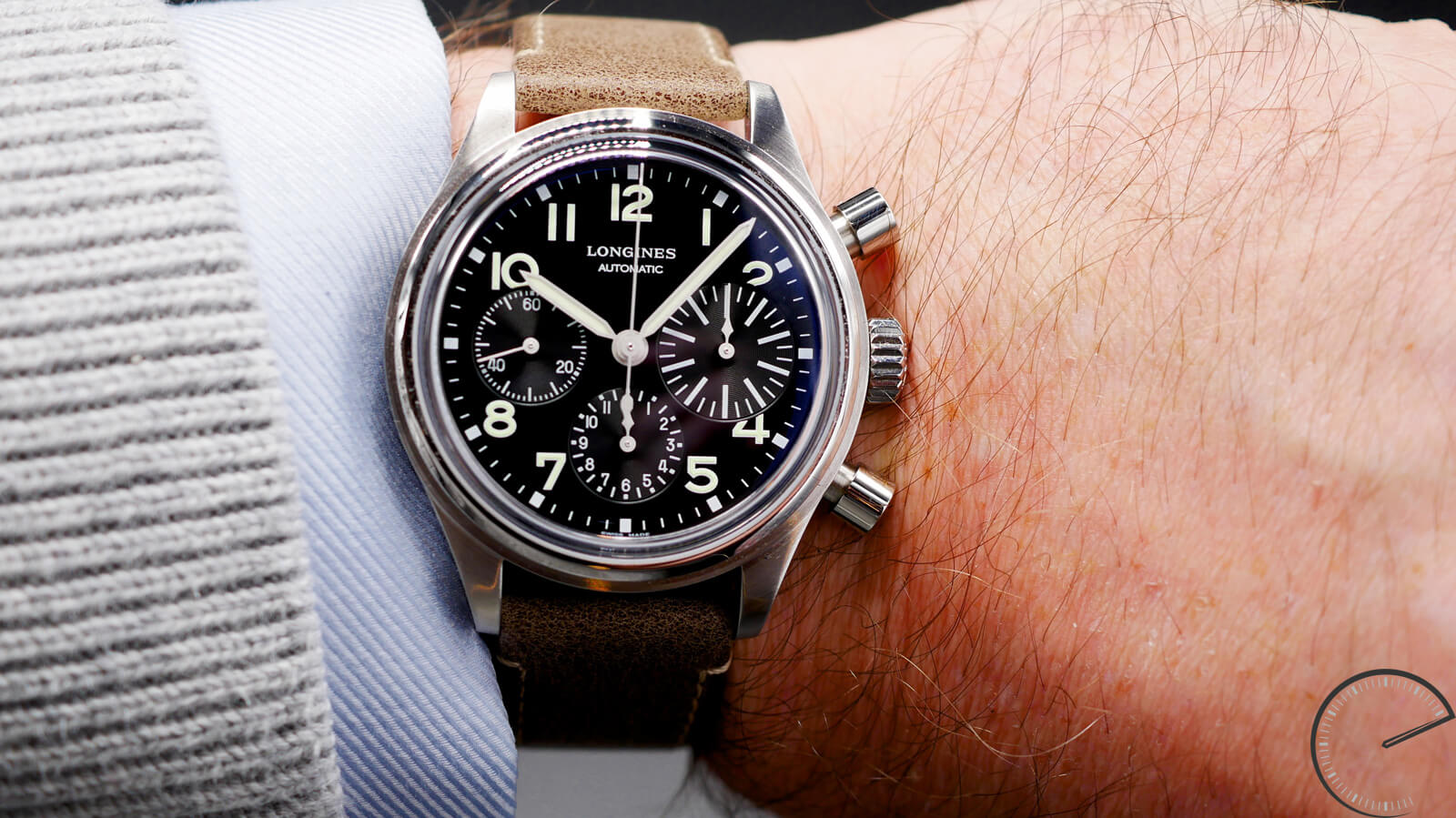 Longines Avigation Big Eye - column-wheel chronograph featuring caliber LM688 movement