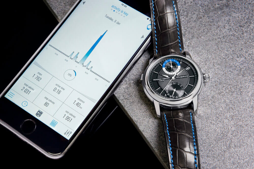Frederique Constant Hybrid Manufacture - automatic movement with electronics module and Hybrid App