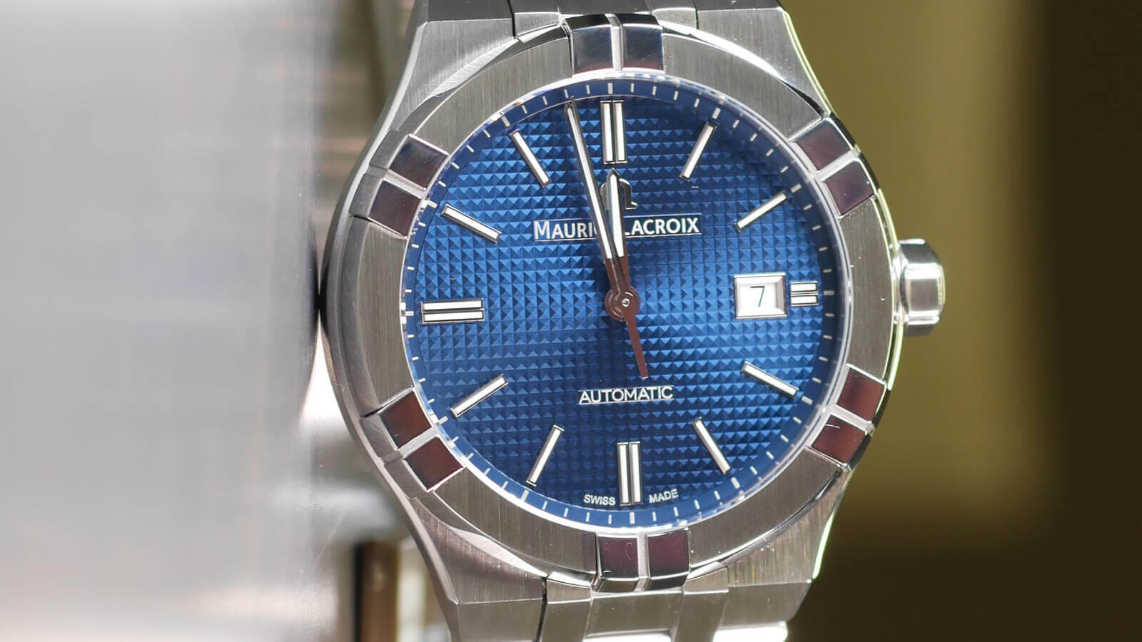 Maurice Lacroix Aikon Automatic - featuring Clous de Paris dial and EasyChange quick bracelet change system