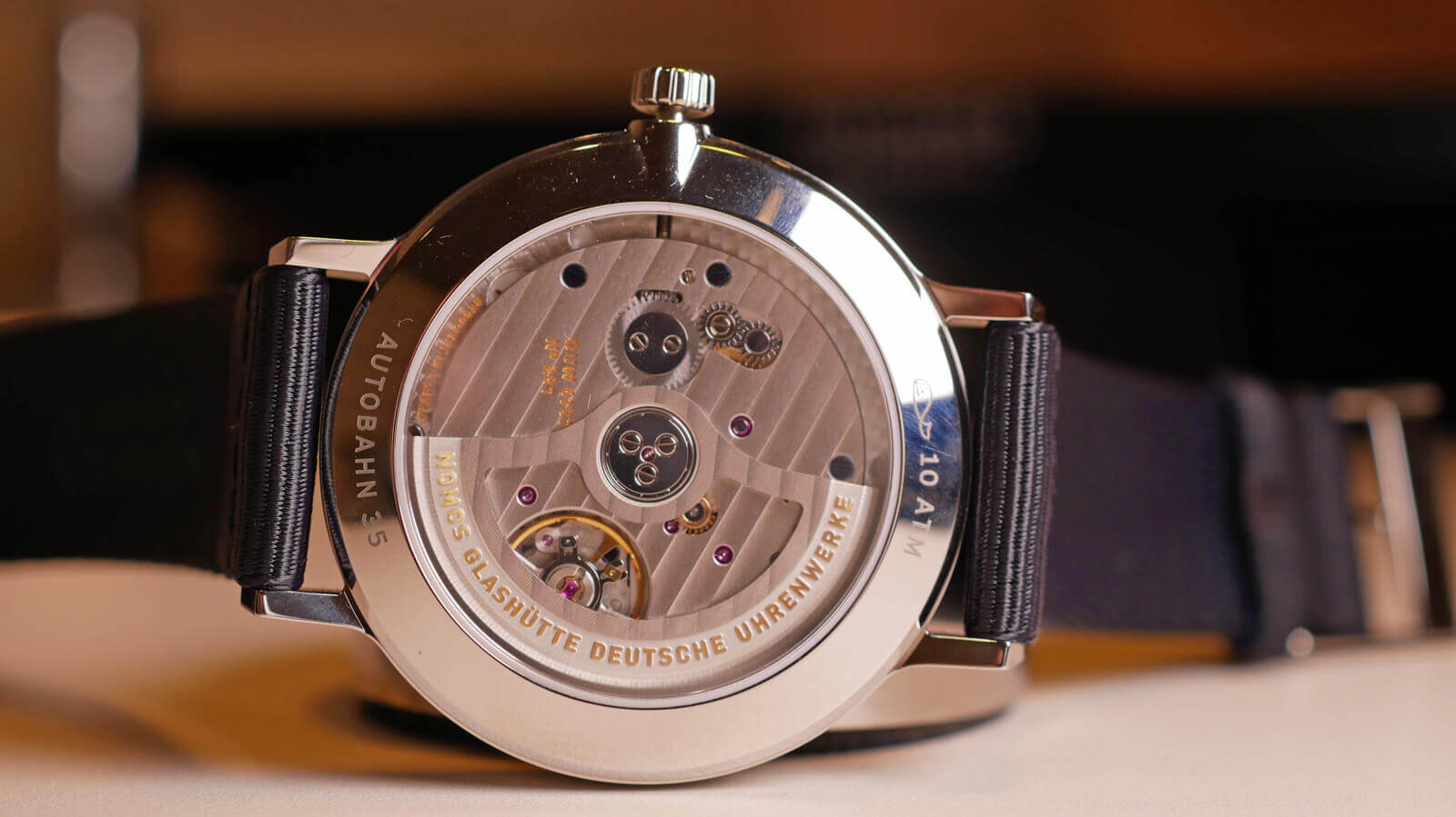 Nomos Glashuette Autobahn neomatik 41 date sports gray featuring Caliber DUW 6101 incorporating stop-seconds mechanism and in-house escapement