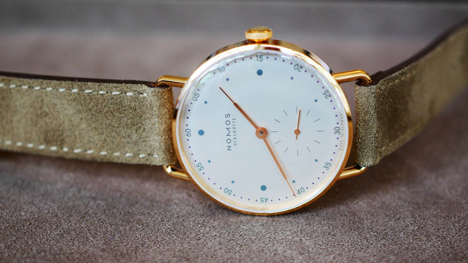Nomos Glashutte Metro 33 Rose Gold